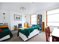 SPACIOUS 3/4 DOUBLE BEDROOM SPLIT LEVEL APARTMENT IDEALLY PLACED FOR BOTH CAMDEN & KENTISH TOWN