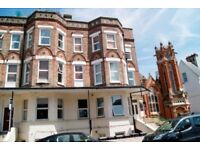 FURNISHED 1 BEDROOM SECOND FLOOR FLAT LOCATED ON THE WEST CLIFF