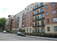 2 bedroom flat for rent with parking in Bedminster