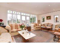 **Amazing 4 bedroom family house in Totteridge&Whetstone:3 double 1 single!Garden&BBQ**
