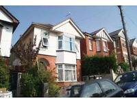 **STUDENT PROPERYT** SPACIOUS FURNISHED 5 BEDROOM DETACHED HOUSE SITUATED IN WINTON