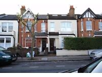 Spacious 4 Bedroom House On Heythorp St Within Walking Distance To Southfields Tube Station