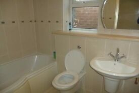Large bedroom in Luxury Houseshare, Didsbury