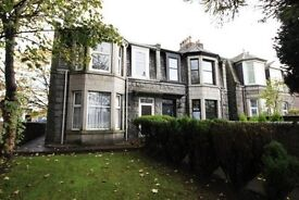 5 / 6 bedroom semi detached house to rent with immediate entry, Myrtle Bank