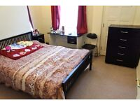 3 Bedroom Property | Manor Oaks Road | S2 | Close To The City Centre