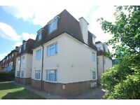 2 Bedroom Flat for rent in Kingston Housing benefit considered with guarantor