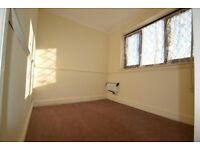 1 bedroom fully furnished flat in Dagenham ---- newly refurbished ---- Auriel Avenue, RM10