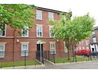 Studio flat in Upper Parliament Street, Liverpool, L8