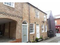 One bed first floor flat with parking in Ripon