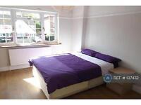 1 bedroom in Tuppy St, Woolwich Riverside, SE28