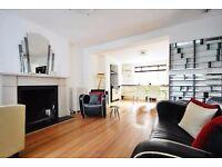 2 bedroom flat in Albert Street, NW1, Camden Borough, NW1