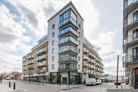 Breathtaking 3 Bedroom 2 Bathroom Flat to Rent in Caspian Wharf, E3 - Easy Access to Canary Wharf