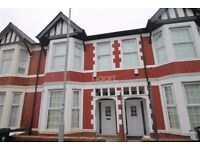 TO LET - 6 BEDROOM HOUSE - IDEAL FOR STUDENTS/PROFESSIONALS OR AS A COMPANY LET!