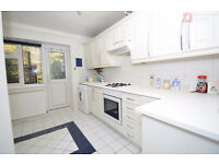 Spacious 3 Bed Ground Floor Flat on Rivenhall Gardens + Garden - South Woodford E18 2BU - Call Now!