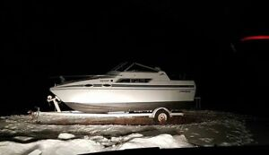 *UPGRADED* 1989 Cabin Cruiser (22 Feet) - Great Condition!