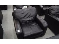2 ,EX DISPLAY STUDIO BLACK LEATHER ARM CHAIRS RRP £500 EACH