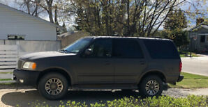 2002 Ford Expedition Eddie Bauer SUV, Crossover