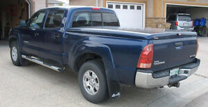 Fibreglass Tonneau Cover - Toyota Tacoma, long box