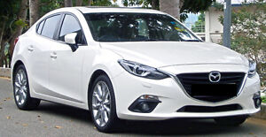 2015 Mazda3 GS w navigation/moonroof/Convenience pckg **LOW KM**