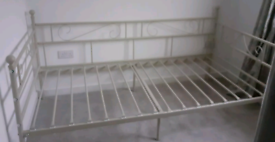 White day bed, can deliver