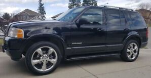 2003 Ford Explorer Limited 4.6l V-8 ONE OWNER!