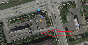 ^^Prime Space For Sub-Lease in Thornhill Woods, Vaughan^^