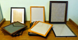 14 PICTURE FRAMES