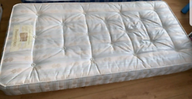 Mattress for a Single Bed Good Condition Can Deliver for £5