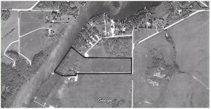 13 acre property on pinawa channel with 750 ft of waterfront