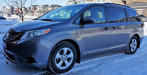 2011 Toyota Sienna LOW Kms, Original Owner Excellent Condition