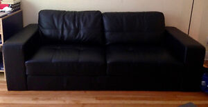 Selling some furniture in very good condition