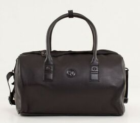 Lululemon Daily Om Duffel Bag in Black
