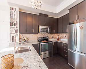 9500 Markham - 2 Bed & 2 Bath Luxurious Corner Penthouse Unit