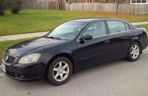 2006 Nissan Altima, asking $2900, only 165,000 km, as-is