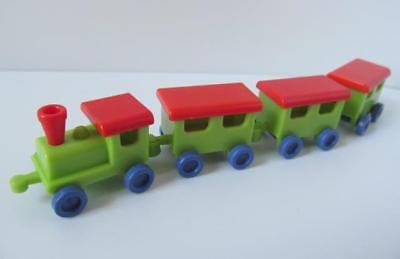 Playmobil dollshouse/playgroup toy: Train engine & carriages NEW