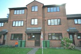 2 bedroom flat in Limber Court, Grimsby