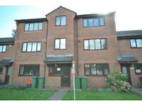 2 bedroom flat in Limber Court, Grimsby