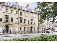 Elegant 2 Bedroom Flat with Parking Space in Centre of Georgian Bath (Rent Direct from Landlord)