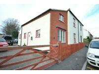 3 bedroom house in High Street, Laceby