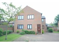2 bedroom flat in Abbey Park Mews, GRIMSBY