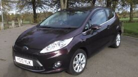 2010 AUTOMATIC FORD FIESTA ZETEC 1.4 - VERY LOW MILEAGE - HPI CLEAR - MOT - TOP RANGE & EXTRAS