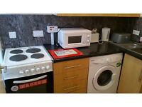 Clean Studio Flat to Rent > 1 minute to Springburn Station & Kelvin College