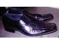 i2 Footwear Mens Leather Shoes. Size 7