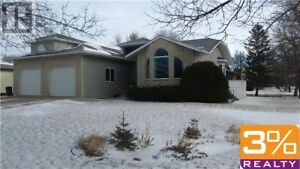 R34//Boissevain/bungalow w/ new renovations ~ by 3% Realty