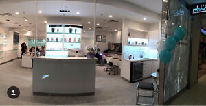 *NAIL TECHNICIANS WANTED for new nail bar downtown toronto!*