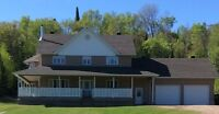 Spacious Home on 9+ Acres in Rutherglen