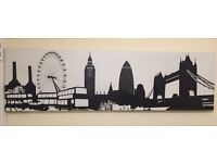 GREAT CONDITION! Large Canvas of London Skyline in black and white