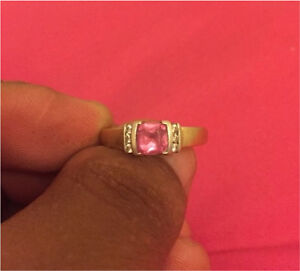 gold 14k pink sapphire ring with diamonds