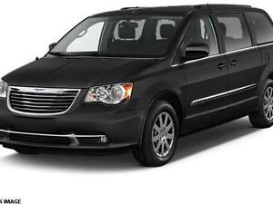 2015 Chrysler Town & Country Touring Minivan, Van