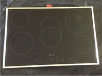 Smeg 5 burner electric hob black and stainless steel. In perfect working order.
